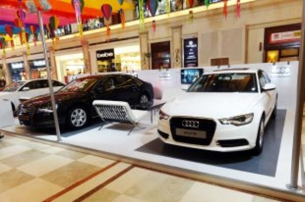 car Display of DLF Promenade