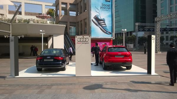 Car Display at DLF Cyber Hub
